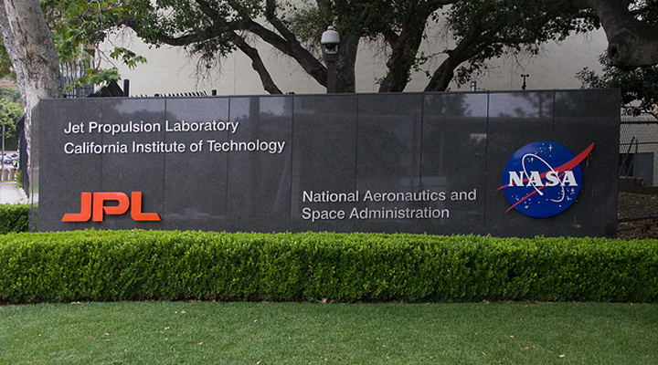 Nasa's Art Department - The JPL Laboratory